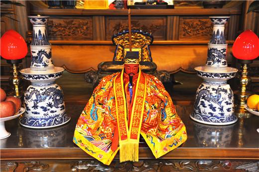 上海城隍分灵像安座台湾新竹香山财神庙