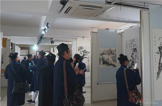 吉林市道教书画院庆祝新中国成立70周年书画展开幕