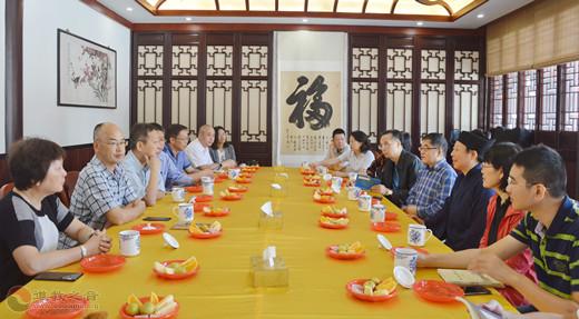 广东省政协副主席张嘉极考察茅山乾元观