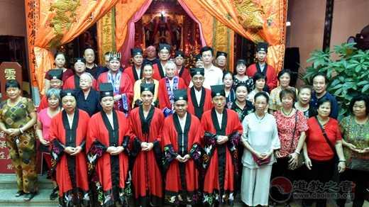 陆丰紫竹观举行祈福法会庆祝新中国成立70周年