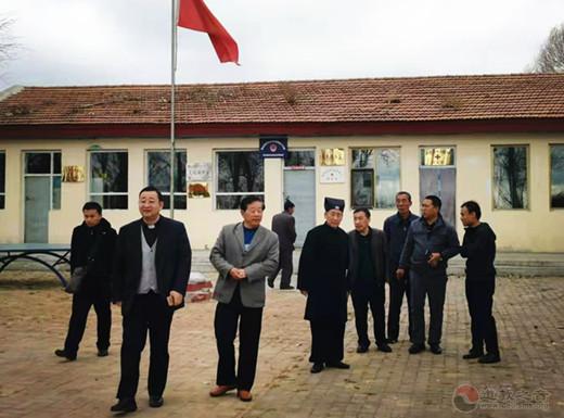 山西省朔州市宗教界赴右玉县黑流堡村捐资扶贫