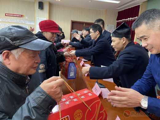 苏州城隍庙2020迎春送温暖活动圆满结束