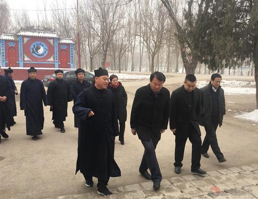 山东省临清市委领导走访慰问临清市道教协会