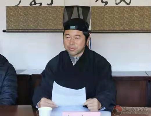 云南省道教协会龙泉观组织学习《宗教团体管理办法》