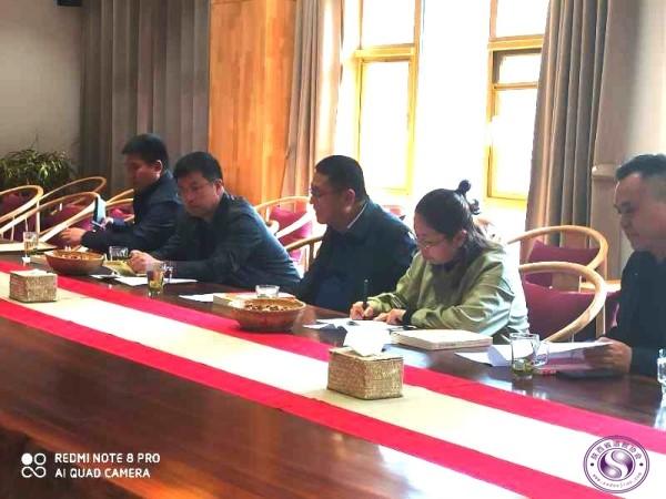 延安市民宗局局长王继耀一行到延安市道协调研