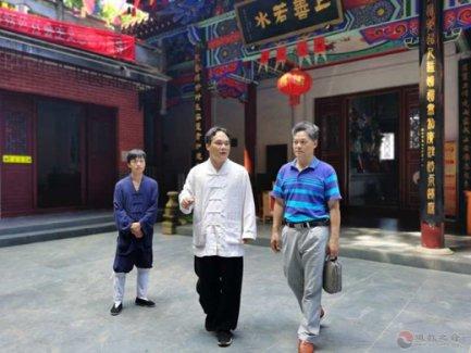 桂林市民宗委副主任潘天秀一行到桂平调研道教文化