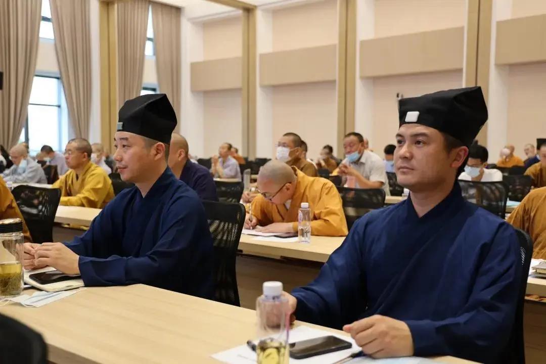 上海市奉贤区举办民族宗教政策法规宣传学习月培训班