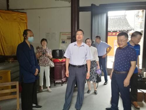 江苏省民宗委二级巡视员张全录检查宗教活动场所安全生产专项整治工作