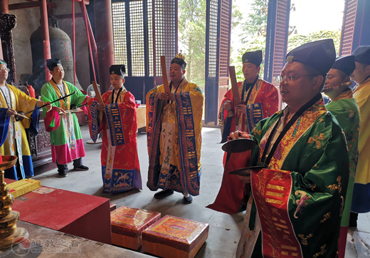 江苏省常州白龙观举行纪念抗战胜利75周年和平祈祷法会活动
