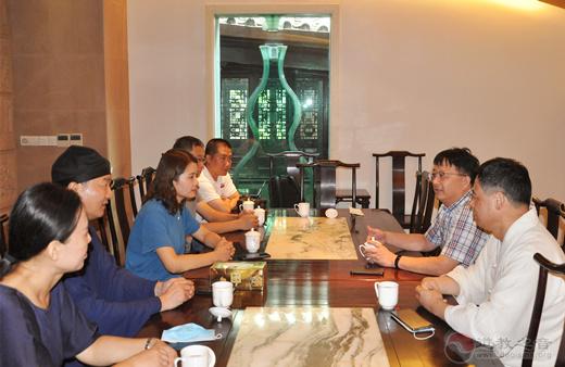 山东省临沂市道协一行到上海城隍庙参访交流