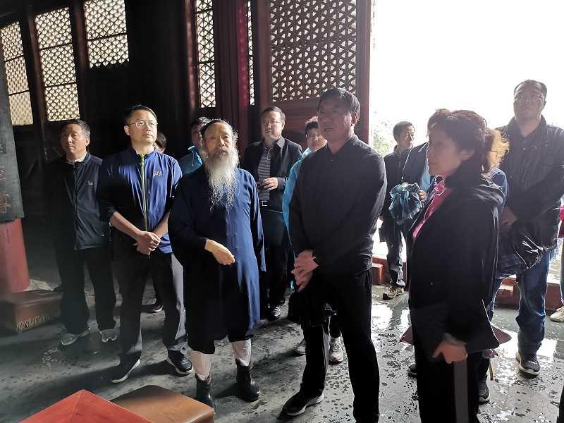 北京市宗教代表团拜会中国道教协会会长李光富道长