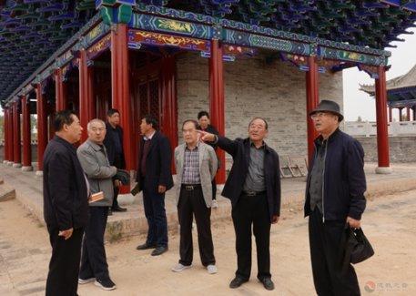 陕西榆林市关公文化研究会考察长城沿线关公