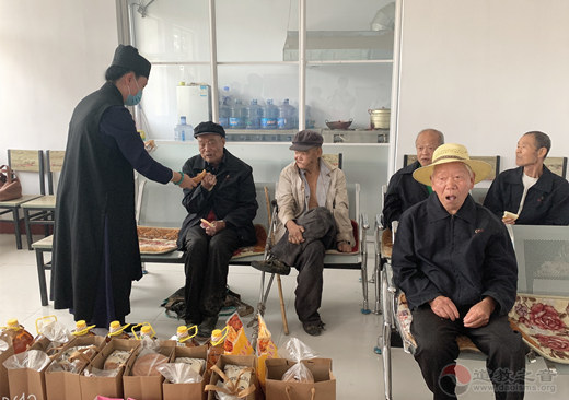 山东省青州市道协赴裙带河康复疗养院慰问