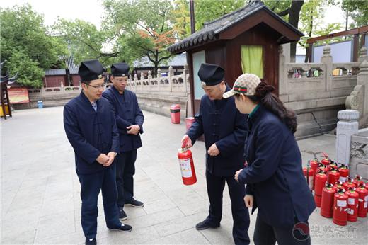 苏州玄妙观举行消防技能达标检验