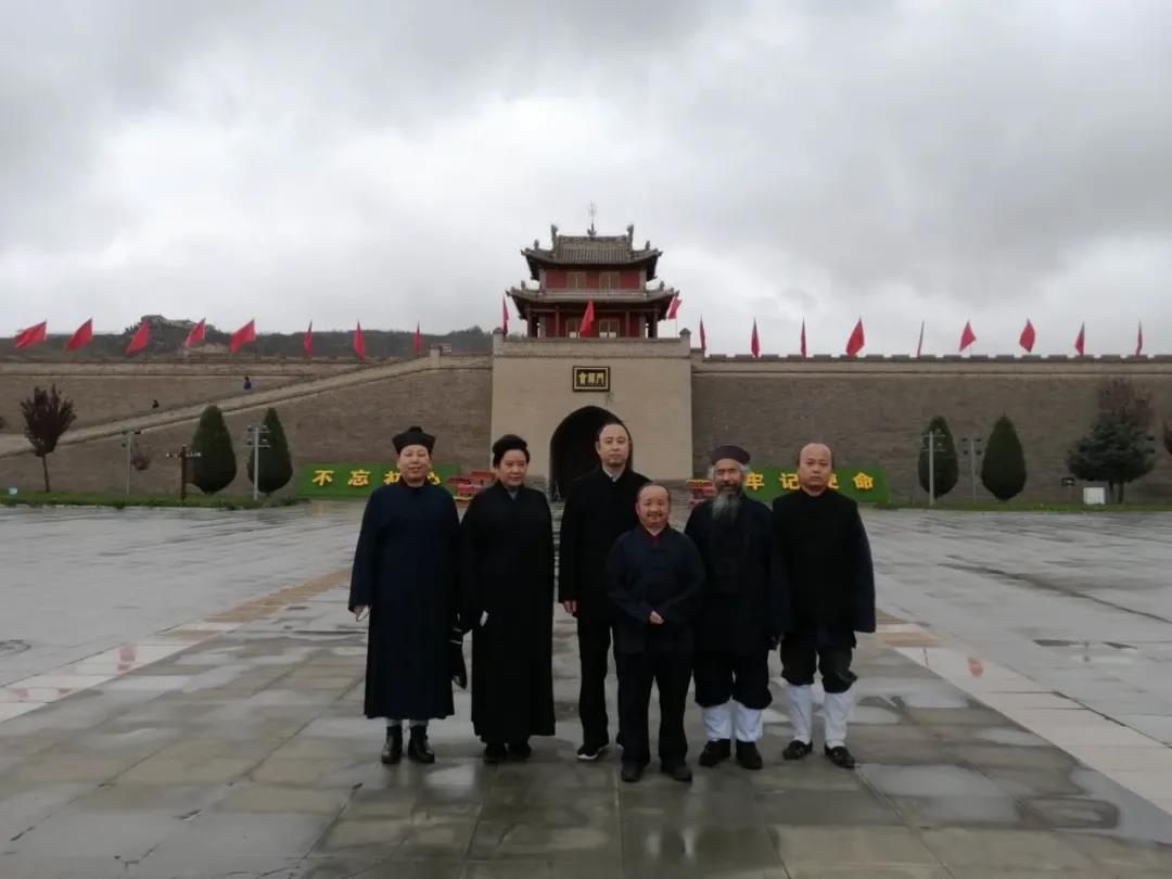 兰州市道教协会教职人员参观红军会师纪念馆
