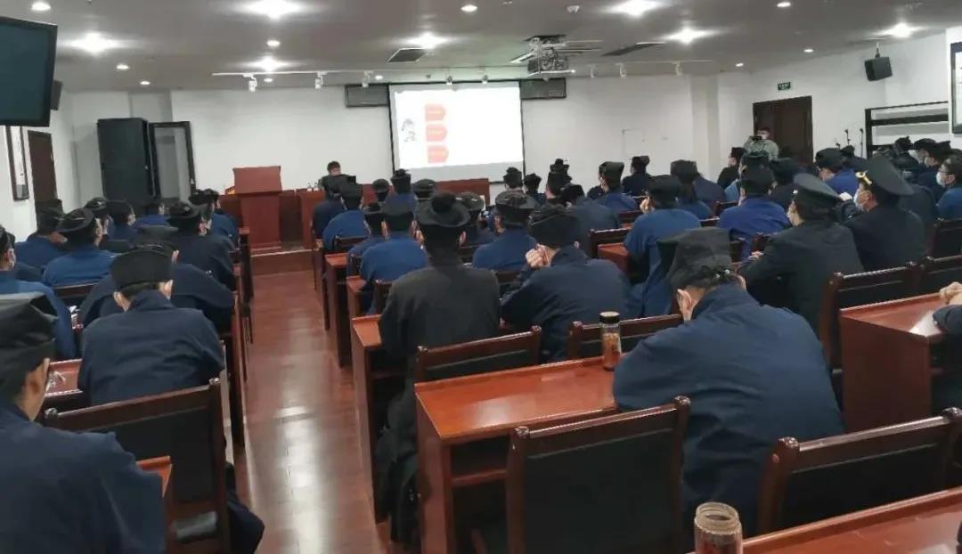 中国道教学院举行消防安全知识培训并组织学习新修订的《学生手册》