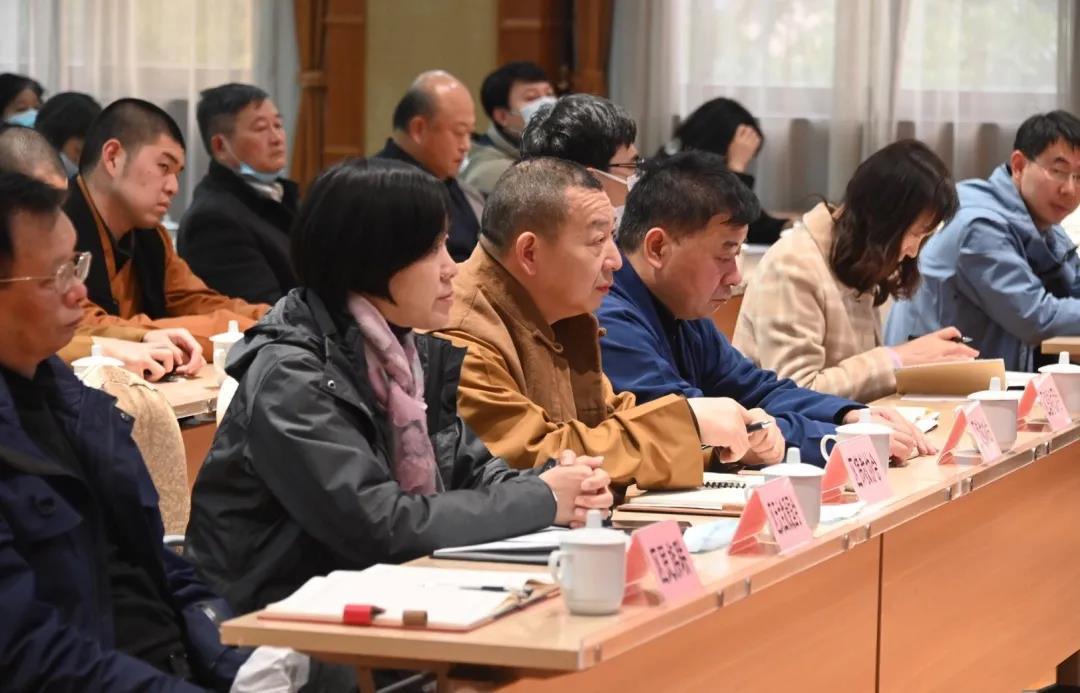 上海市闵行区民族宗教界举行学习五中全会精神专题辅导报告会