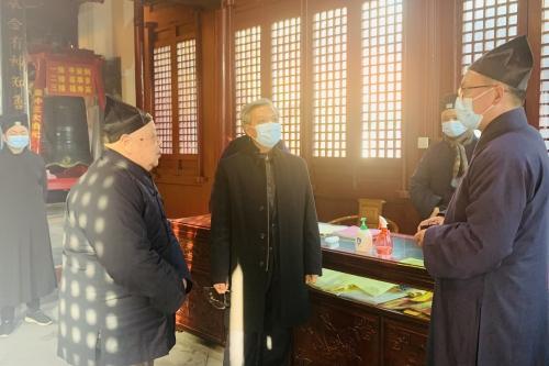 江苏省民宗委一级巡视员何昌林督查场所安全及疫情防控工作