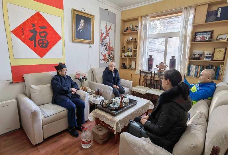 北京市东城区委统战部领导赴北京市道协慰问