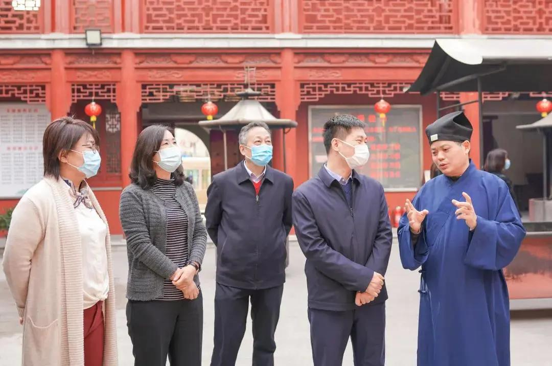 上海市浦东新区统战民宗部门调研宗教活动场