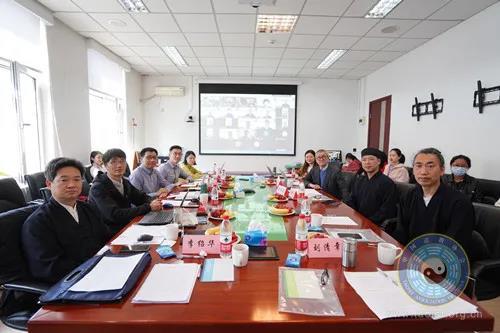 """第七期""""慈善文化会讲""""在中国人民大学举办"""
