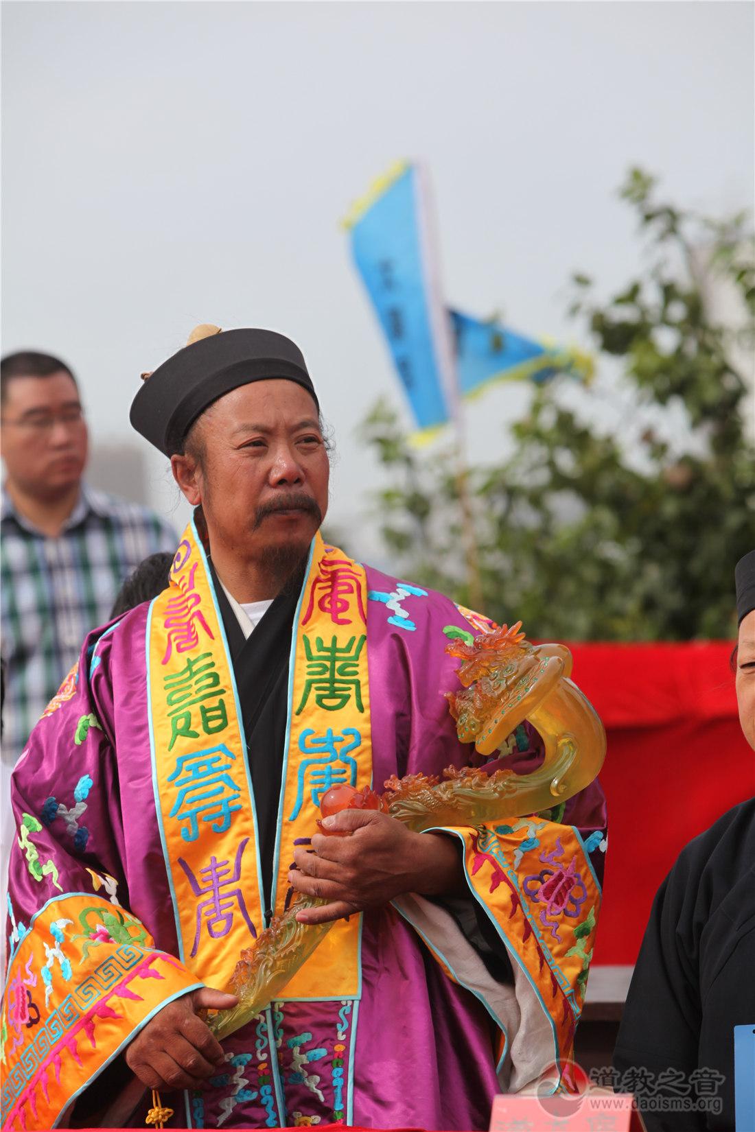 辽宁省道教协会副会长、太阳宫住持李兴明道长