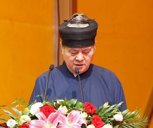 典礼由张高澄副会长主持。
