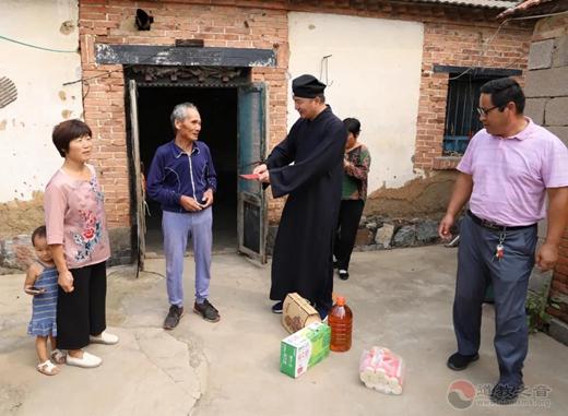 山东省临沂市道教协会开展中秋节走访慰问活动