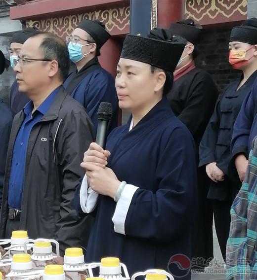 青州市三官庙举办九九老人节公益慈善送温暖活动